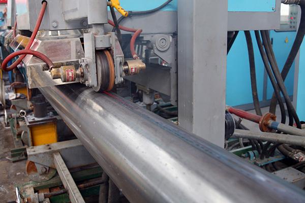 直缝管生产设备